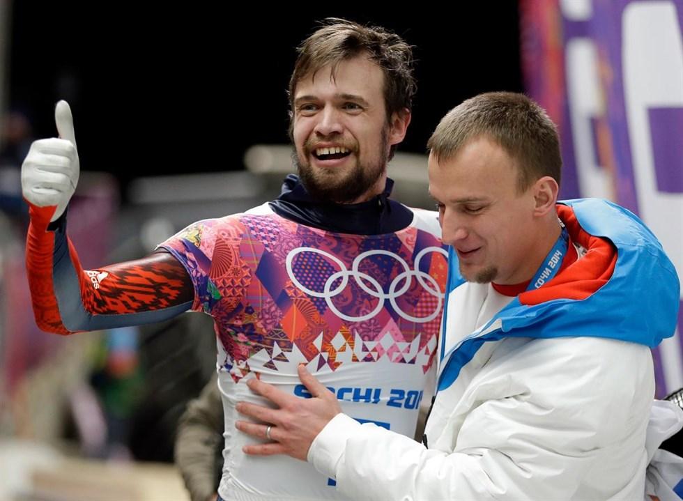 Alexander Tretjakov är avstängd från OS på livstid men får tävla i  världscupen i skeleton. Arkivbild. Foto  Natacha Pisarenko AP TT 1ef1305108364