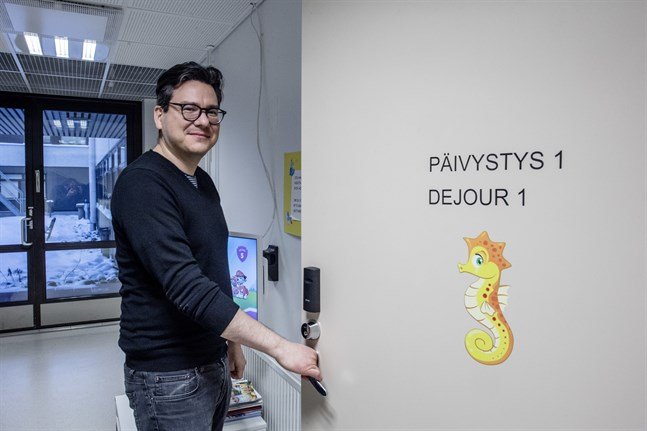 Överläkare Andreas Blanco Sequeiros konstaterar att det funnits dagar när alla sängar på Möcs barnavdelning varit fyllda av små patienter med RS-virus.
