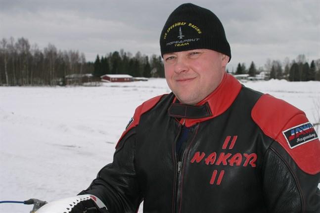Karlebyföraren Christer Biskop tävlade i Sverige.