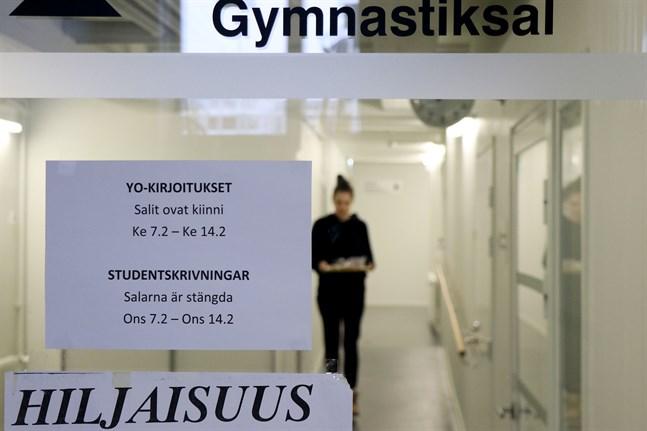 Abiturienterna vid Vaasan lyseon lukio övergår till distansundervisning inför hösten studentskrivningar.
