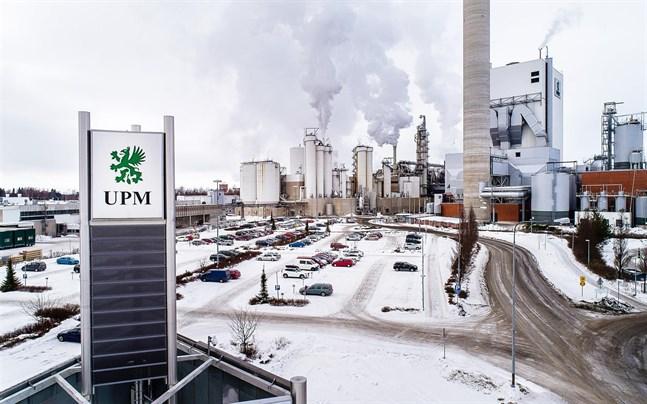 UPM:s resultat sjönk. Pandemin skapar stor osäkerhet på marknaden.