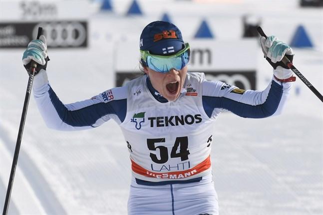 Krista Pärmäkoski fick storstryk på tio kilometer fritt i Finska cupen i Taivalkoski. Hur är hennes form då världscupen inleds?