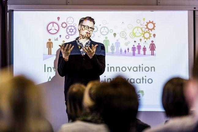 Under torsdagen talade Per Schlingmann på temat regionutveckling under en öppen föreläsning i Vasa ordnad av Österbottens förbund.