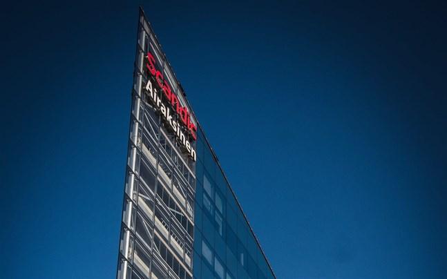 Scandic Vaasa har våningarna 2–6 i det nya glastornhuset. Nu har hela hotellkoncernen ekonomiska trångmål.