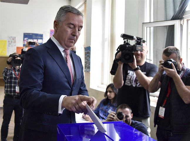 Den tidigare premiärministern Milo Djukanovic vann presidentvalet i Montenegro.
