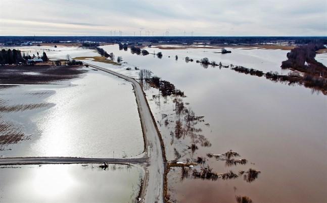 Så här såg det ut 2018 då det svämmade över i Österbotten.