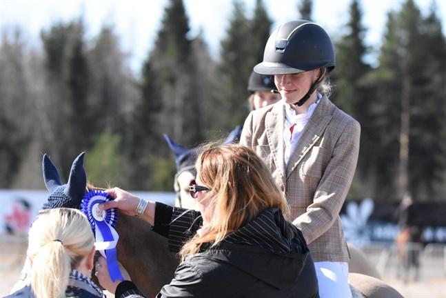 Ida Övergaard och Sky III triumferade i Härmä i helgen.