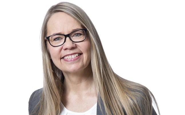 Caroline Stenbacka Nordström har bott i Piteå i snart 20 år, men har rötterna i Karperö. Hon pratar dialekt hemma med sin man, som är Piteåbo.