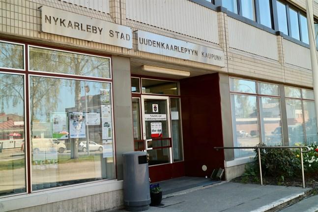 Fyra nya sökande lockade tjänsten som byggnadschef i Nykarleby efter den förlängda ansökningsrundan.