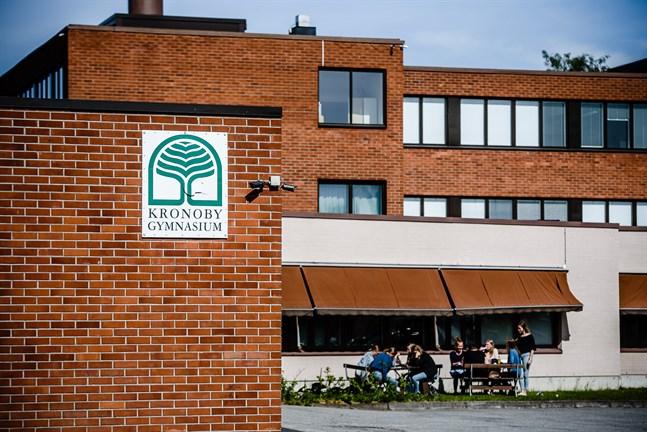 Kronoby gymnasium har fått ny personal. Arkivbild.