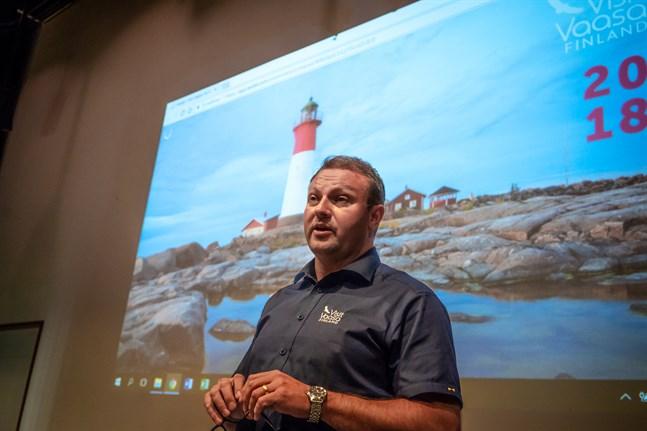 Varför inte hyra ut sommarstugan när du inte är där själv, tipsar Max Jansson på Visit Vasa.