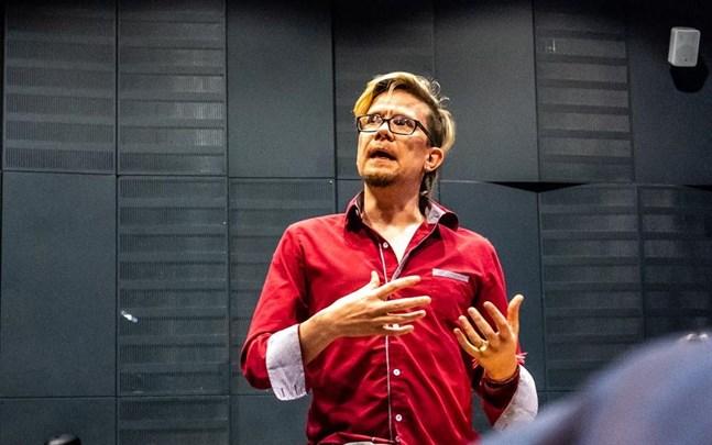 Marko Perälä är ordförande för De Gröna i Vasaregionen.