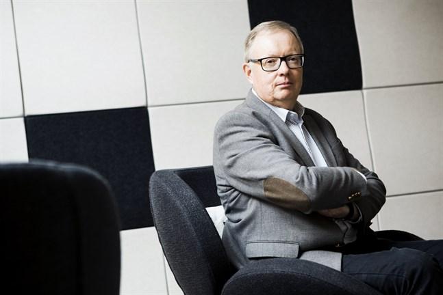 Rabbe Eklund, ekonomidirektör Korsholm säger att budgeten är realistisk men att man ändå famlar i mörker.