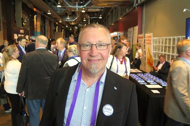 Mikael Perjus deltog i Samlingspartiets kongress  i Åbo under veckoslutet.