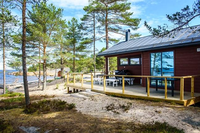 För många är idealet en bastu nära havsstranden. Den här finns i Pörkenäs, Jakobstad.