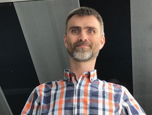 Kjell Lemström har varit med om att skapa ett gratis kursprogram i databehandling.