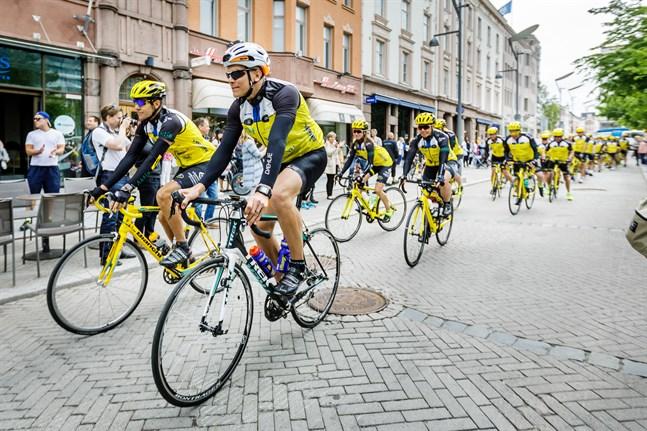 Någon cykelutfärd till Paris blir det inte heller i sommar, men siktet är inställt på 2022.