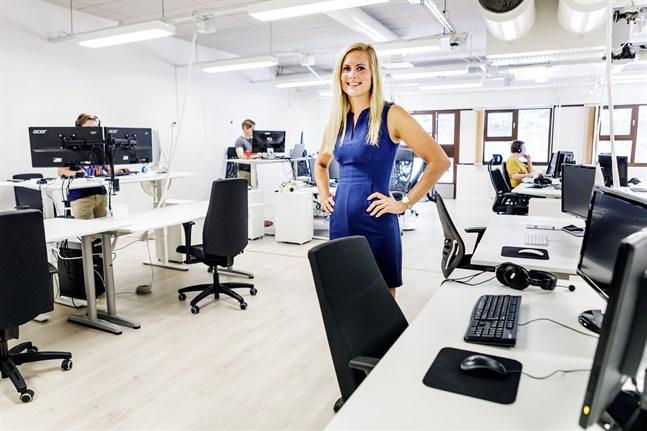 Hanna Salo, projektchef på mobil- och webbföretaget Gambit, vill få in fler kvinnor i it-branschen.