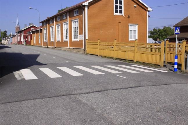 Polisen övervakade bilisternas benägenhet att stanna vid övergångsställen under tisdagen.