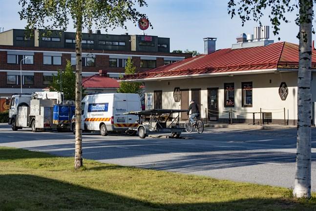 En åtgärd som förbättrat trafikläget i Nykarleby är att busshållplatserna numera finns intill ljusparken, i stället för vid torget och skolområdet.