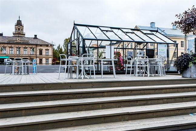 Glashusen på torget har använts både för utställningar och popup-försäljning.
