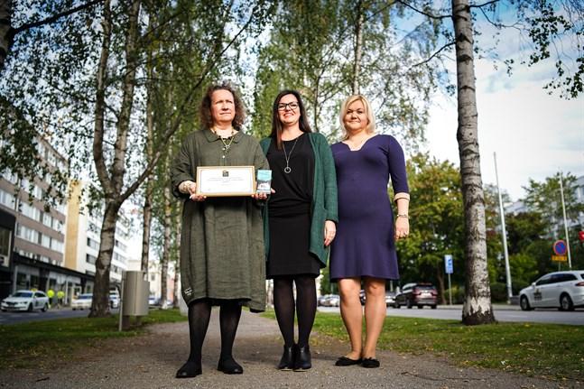 Anne Nymark, Mirja Palola och Tanja-Maria Davidov står för den operativa verksamheten på Taiga Chocolate.
