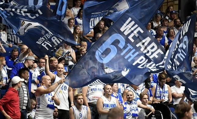Finland fick en smakstart framför fansen i den nya hemmaborgen i Esbo.
