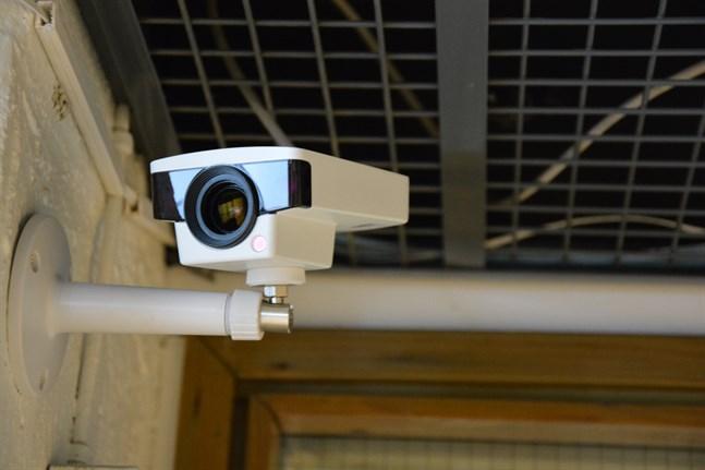 Stadsstyrelsen i Nykarleby har en gång röstat ner ett förslag om kameraövervakning.