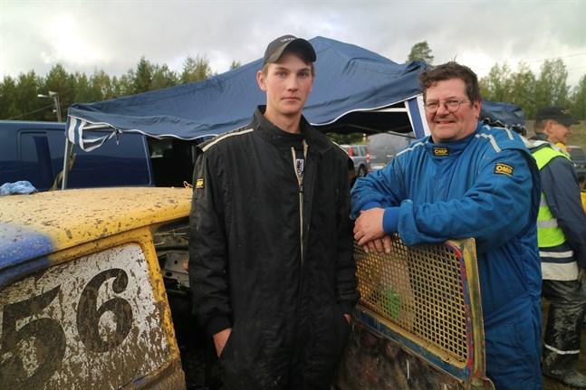 Rapakungen modell 2018, Rasmus Häggblom, hade tänkt starta på lördag, men får nu istället sikta in sig på söndagens tävling i Jalasjärvi. Tommy From (till höger)  var fyra i allmänna klassen för två år sedan.
