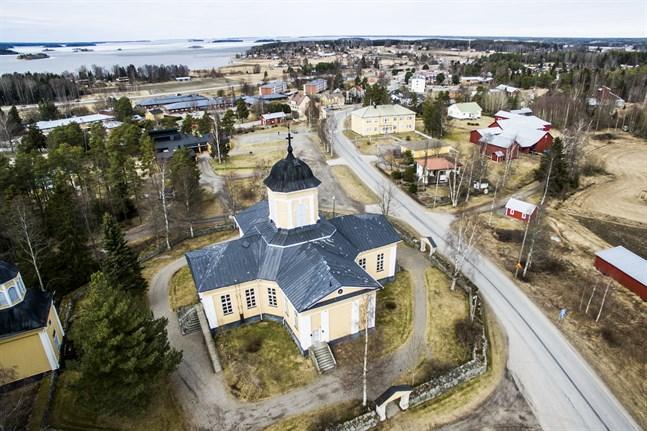 680 meter av Öurvägen och Kimovägen från Riksåttan till församlingshemmet föreslås bli gata.
