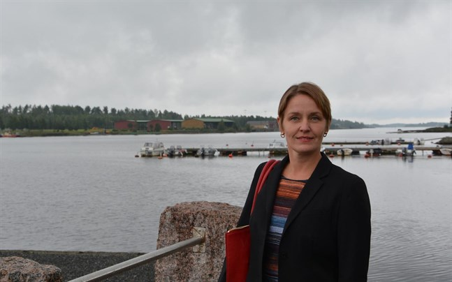 Stadsdirektör Mila Segervall beklagar det som har inträffat när patientdata läckt ut via en dator som köpt på loppis i Björneborg.
