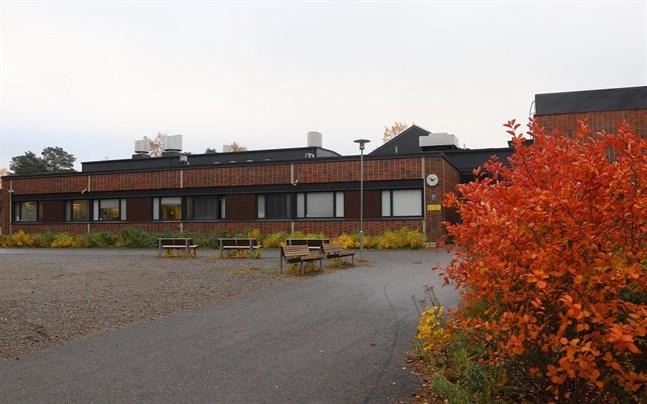 Ett fall av coronasmitta har bekräftats på Borgaregatans skola i Vasa.