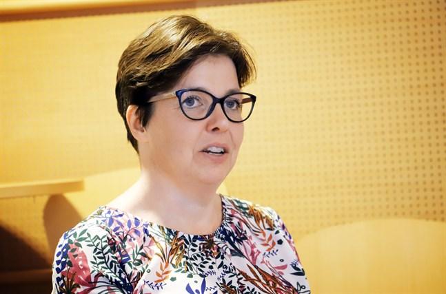 Siv Sandberg är snart klar med den konsekvensutredning om vårdreformen som Kronoby kommun beställt.