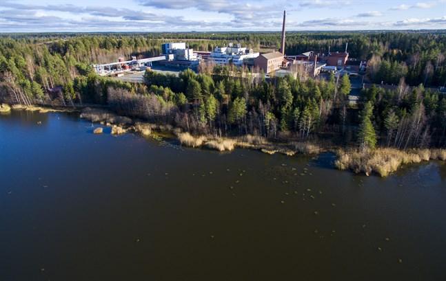 Kemiraområdet som det ser ut i dag, från Infjärden sett. Här packade Linnéa Håkans granater på 1940-talet.