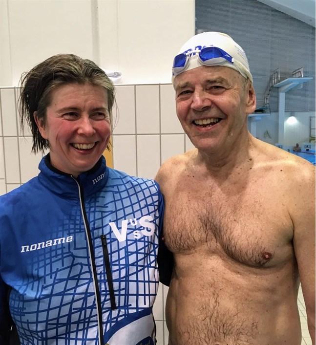 Både Petra Thodin och Hannu Kuokkanen förbättrade de nationella rekorden i sina åldersklasser. Bilden togs i Salo i vårvintras.