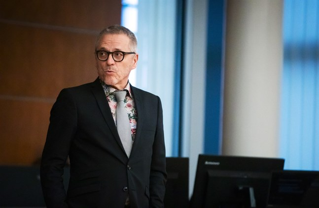 Ledande lagman Daniel Allén befarar att coronaviruset kommer att göra köerna inom tingsrätten avsevärt mycket längre. Och de är inte korta nu heller.
