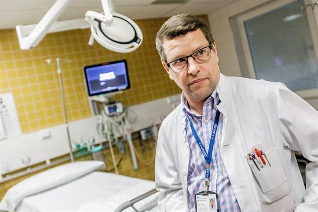 Juha Salonen är överläkare i infektionssjukdomar vid Vasa centralsjukhus.