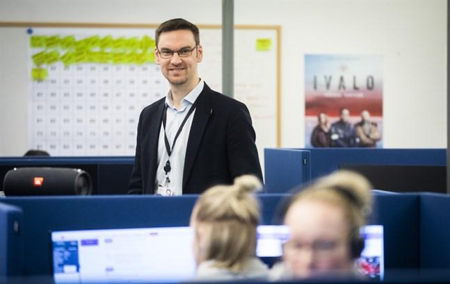 Niklas Granholm, Elisas regiondirektör, berättar att 5G-nätet har byggts ut ytterligare.