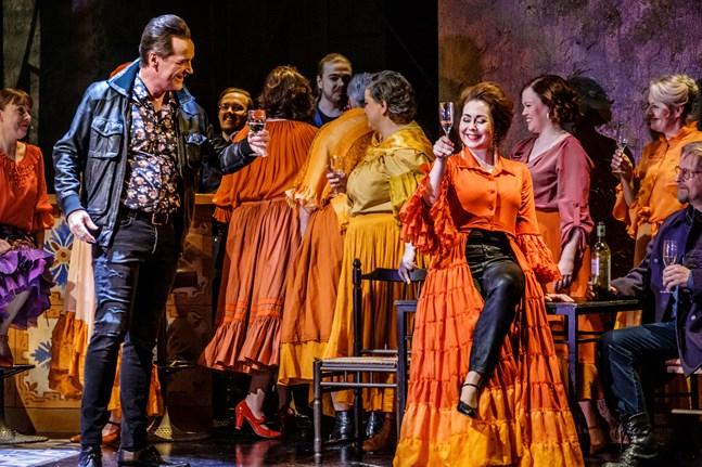 Våren 2019 spelades operan Carmen på Vasa stadsteater.