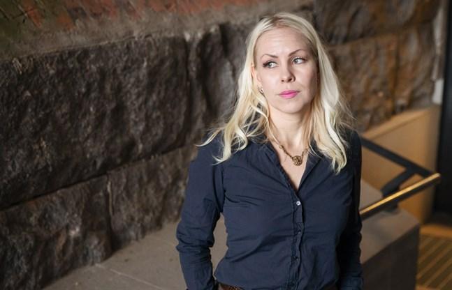 Niina Mäntylä är forskarprofessor i offentlig rätt vid Vasa universitet.