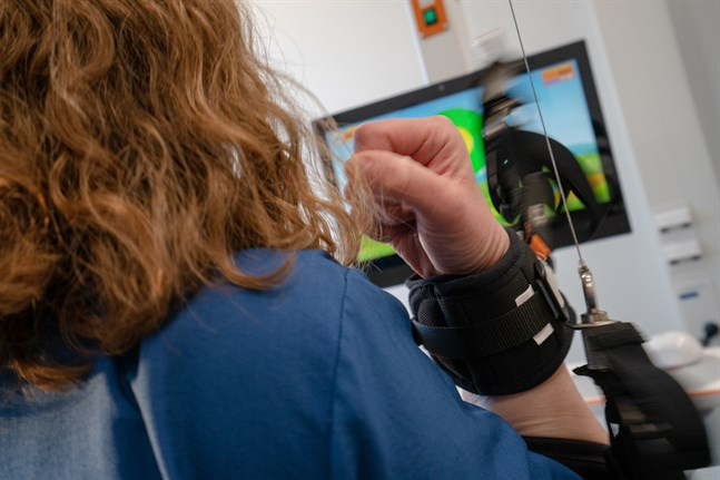 Den ett år gamla avdelningen för neurologi och krävande rehabilitering mister fem vårdplatser och fem vårdare om ledningens förslag går igenom.