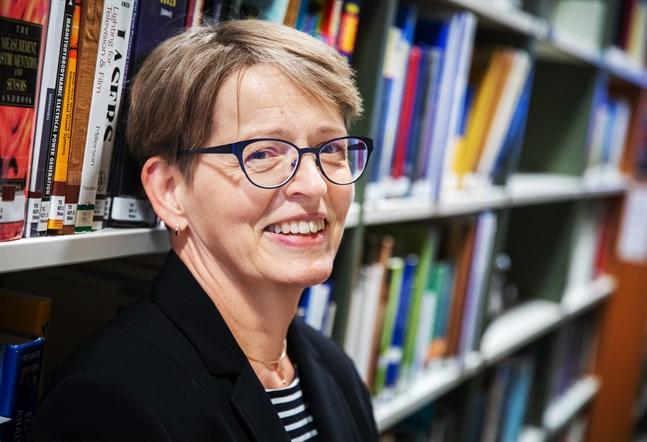 Christina Flemming, nu vicedirektör på Tritonia men snart pensionär, i den miljö där hon trivts bäst.