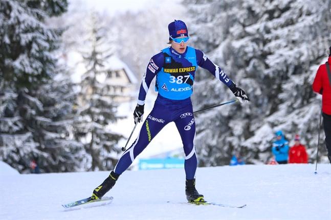 Alexander Ståhlberg höll sig framme i sprinten i Lausanne.