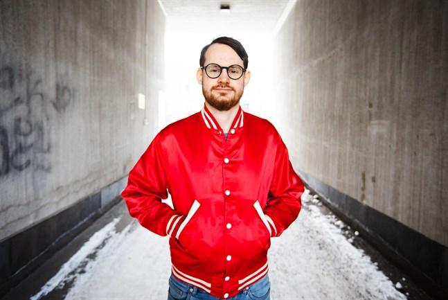 Jerry Lindqvist, från Vasa, är aktuell med ett nytt soloalbum.