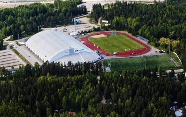 Flera åtgärder vidtas för att hämma virusspridningen i Korsholm. Många idrottsföreningar avbokar självmant sina evenemang och träningar.