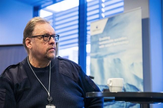 Huvudförtroendeman Ralf Holmlund säger att man nu ska ha bort Kiky-timmarna och är beredda att kämpa för det.