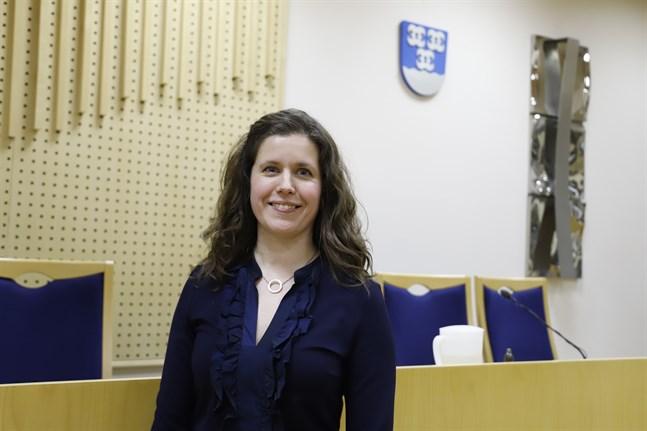 Det var en glad och lättad Jenny Malmsten som kunde konstatera att hon hade hela fullmäktige bakom sig i valet.