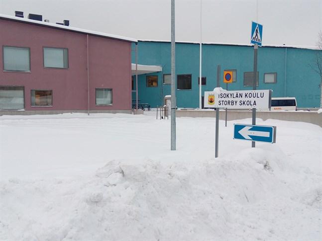 Ett hot riktades mot Storby skola på torsdagen.