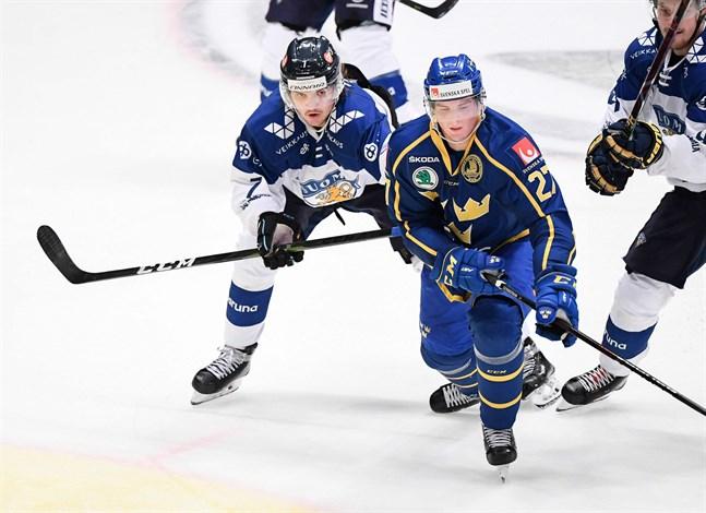 Oliwer Kaski revanscherade sig efter sin blunder som ledde till ett baklängesmål mot Tjeckien genom att sätta den avgörande straffen mot Sverige.
