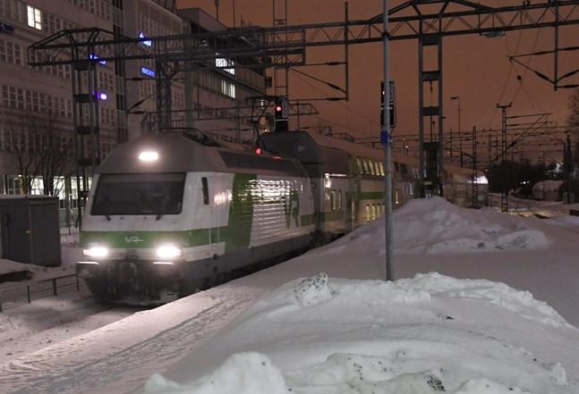 Förseningar i tågtrafiken kan förekomma även den här veckan, uppger VR.
